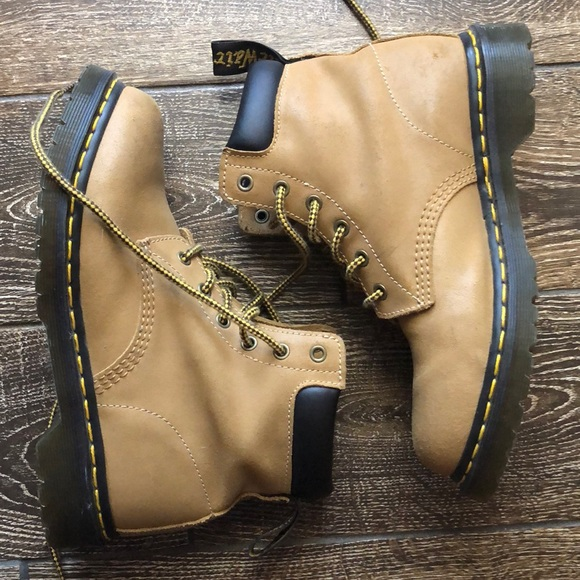 Dr Martin's 939 hikingwork boots timberland style